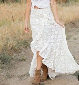 Joyfolie Portia Lace Skirt